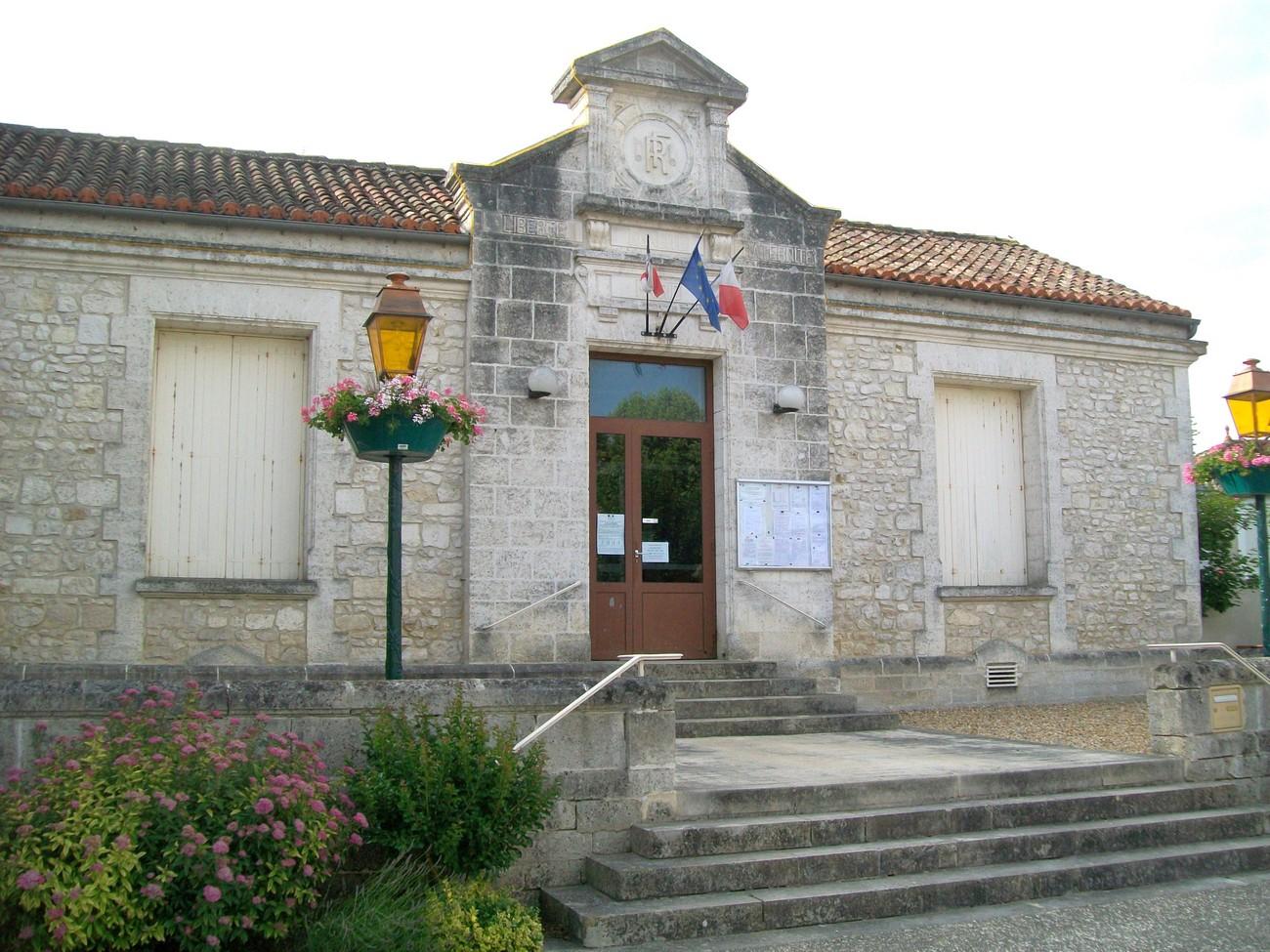 Mairie de Chazelles